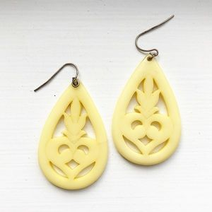 Vintage yellow ivory Victorian-style drop earrings
